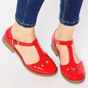 LIKE NEW ASOS red maison flat shoes  sz 8